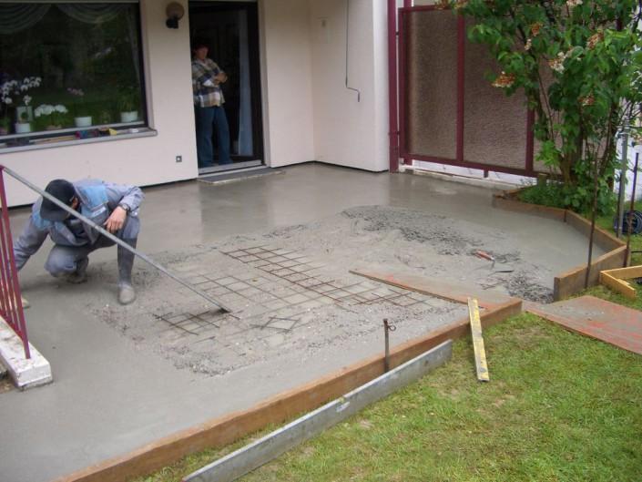 Bodenplatte glätten