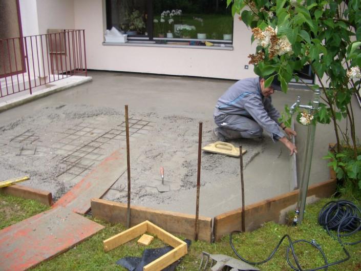 Bodenplatte planieren